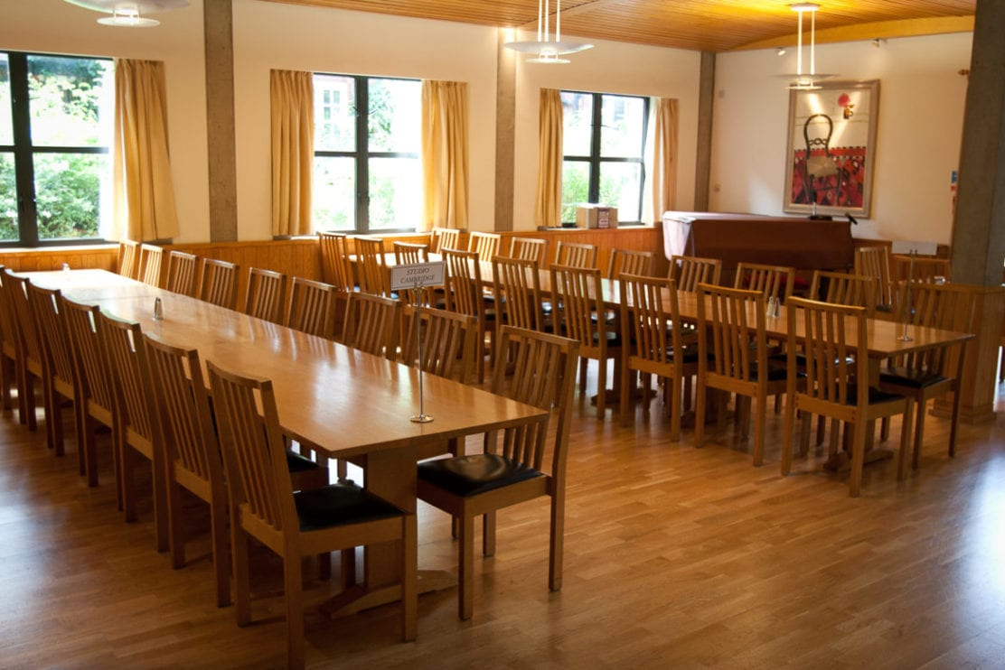 Dining hall at Lucy Cavendish, Cambridge, where studets at Studio Cambridge summer camp Sir Laurence have their meals